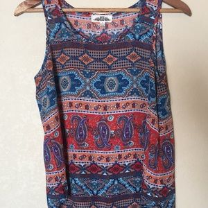NWOT Hippie Rose sleeveless patterned top